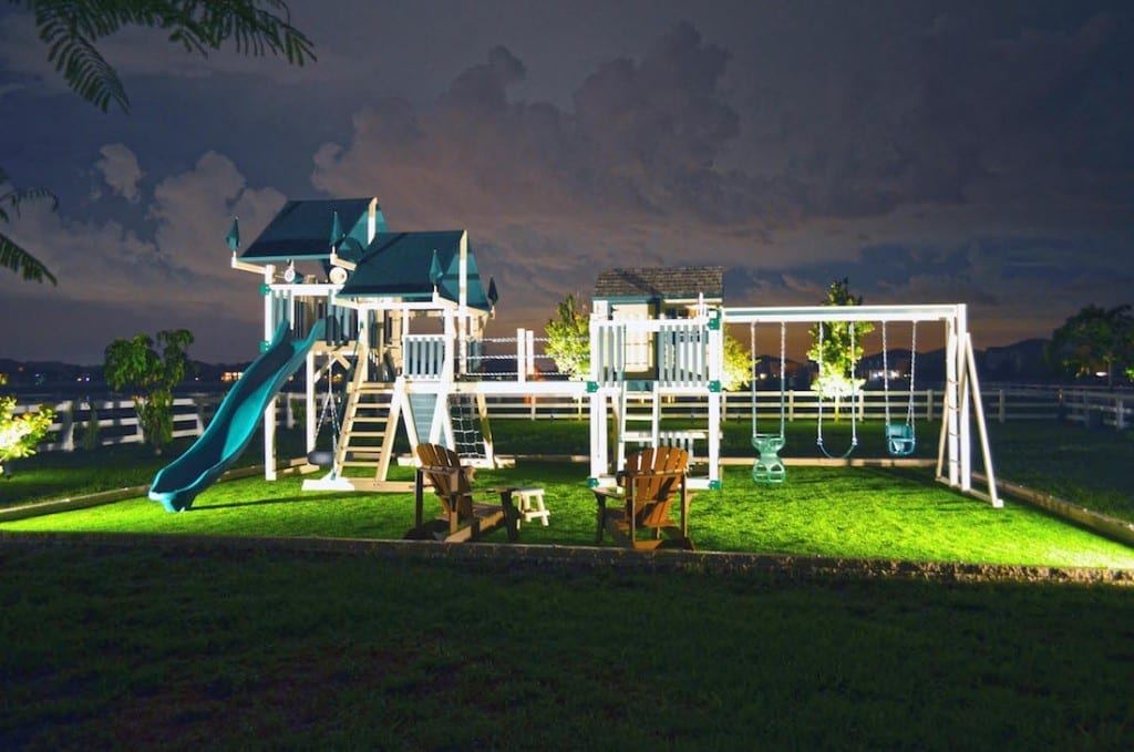landscape lighting pompano beach