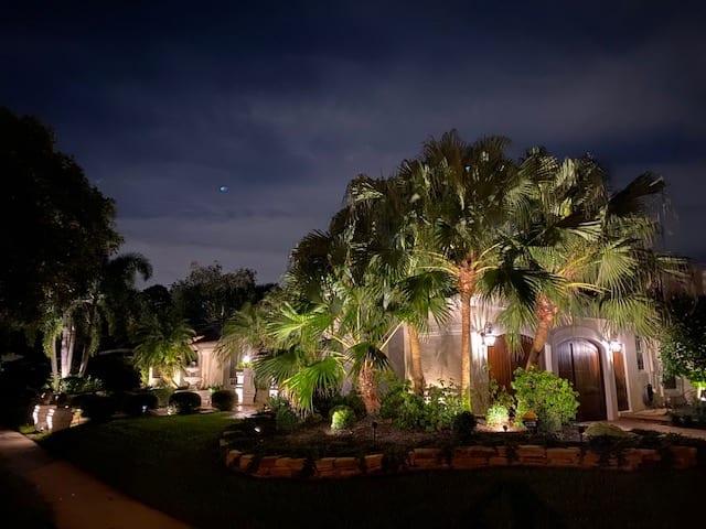Boca Raton - LED Landscape Lighting