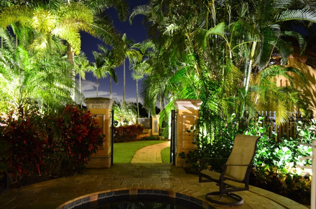 Residential Landscape Lighting LED Lights