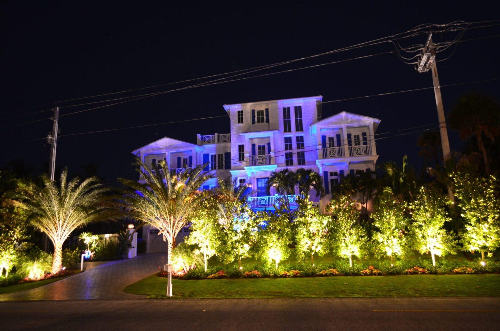 LED Landscape Lighting - Residential