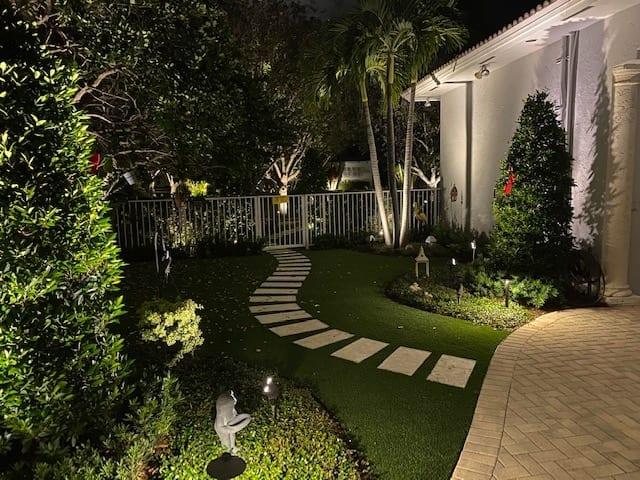 Boca Raton-LED Landscape Lighting