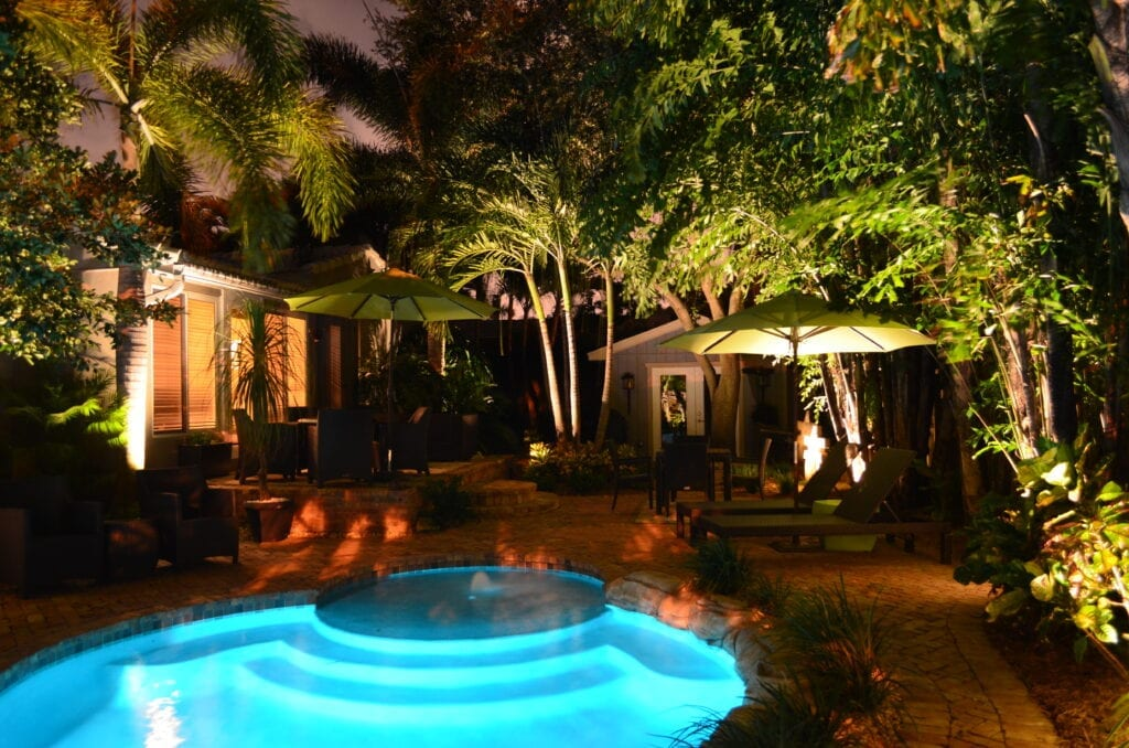 Landscape-Lighting-Lifestyle-Illumination FL