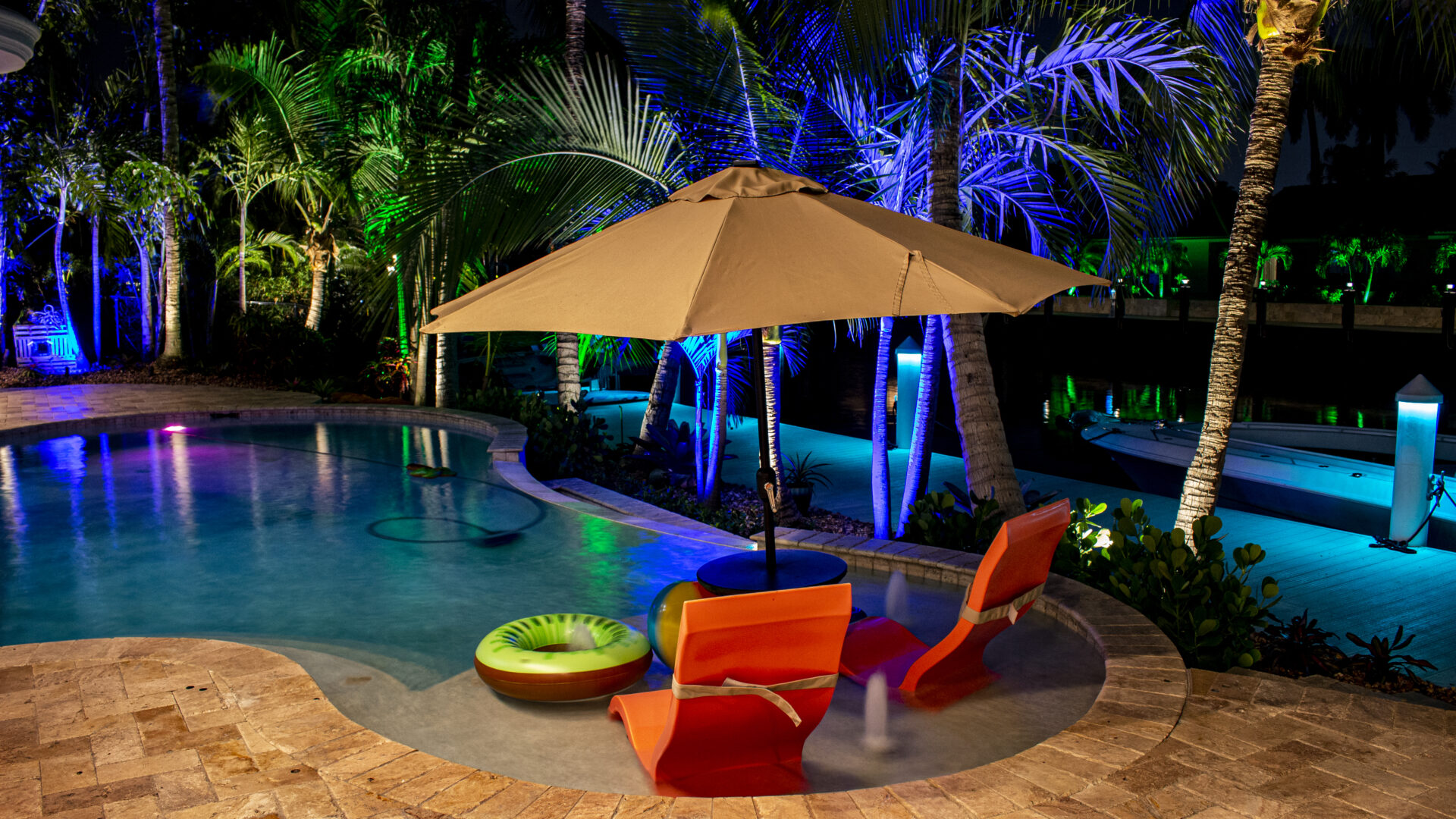 Residential Landscape Lighting- Pool and Palm Trees Umbrella